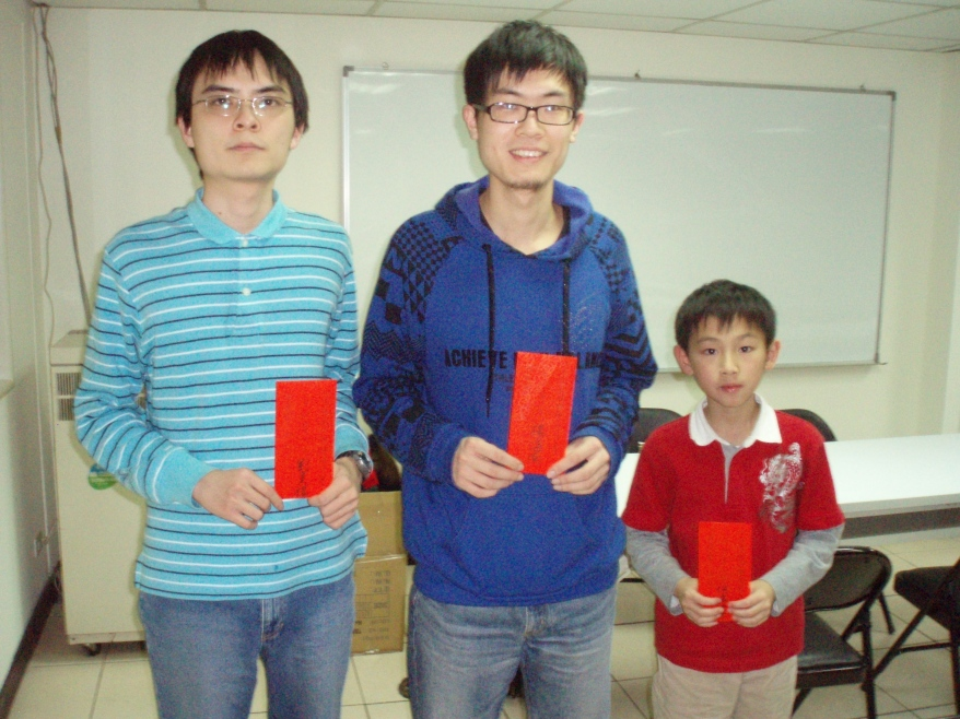 The winners of cash award on Feb 27, 2011: from left to right:2nd place-Alex, 1st place-Hainan, 3rd place-Albert