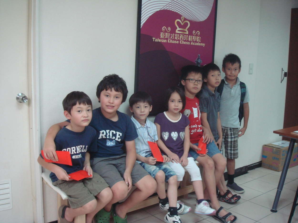 Kids participated Monthly Cash Award Tournament on Oct 21.