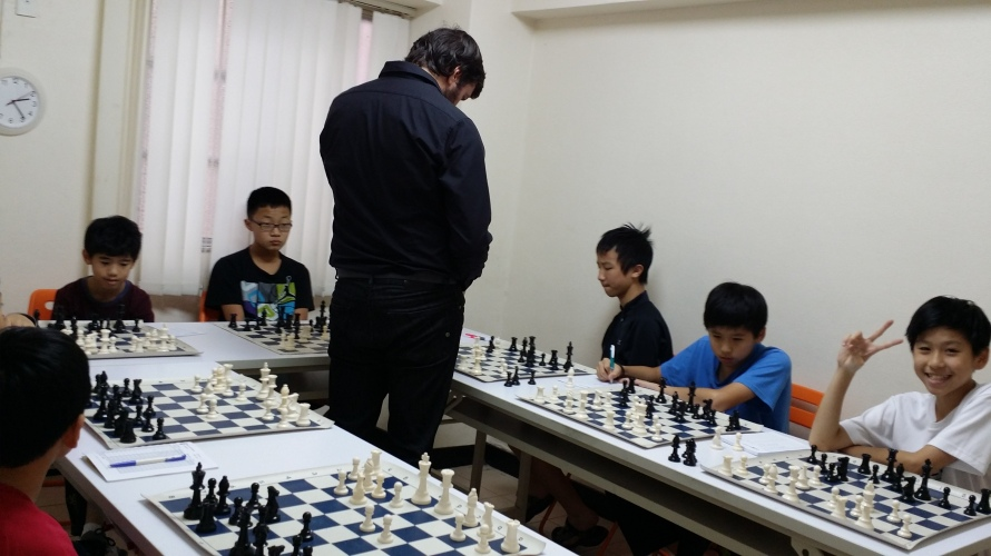 Simul with players